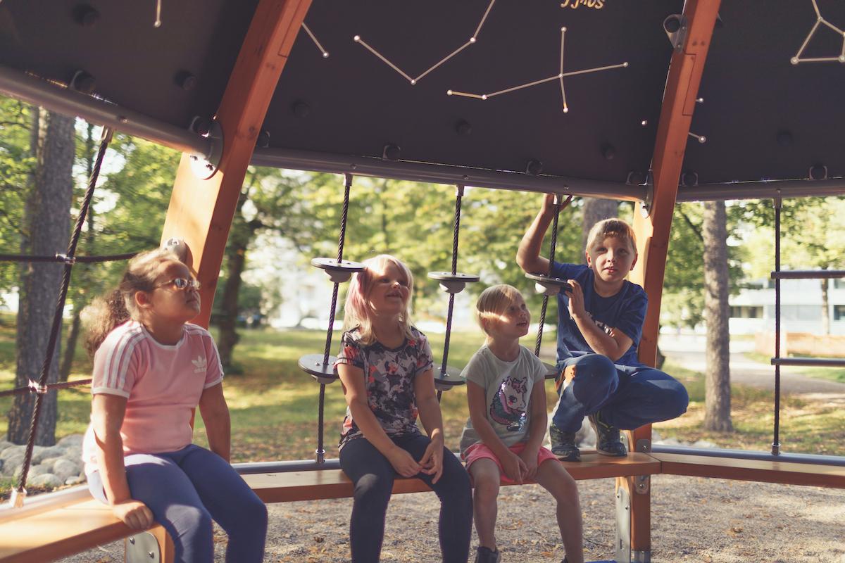 4 viktige råd til deg som skal bygge ny lekeplass i barnehagen
